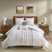 47 Most Popular Bedding for Farmhouse Bedroom Design Ideas and Decor (29)