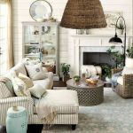 105 Best Farmhouse Living Room Decor Ideas (103)