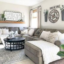 105 Best Farmhouse Living Room Decor Ideas (25)