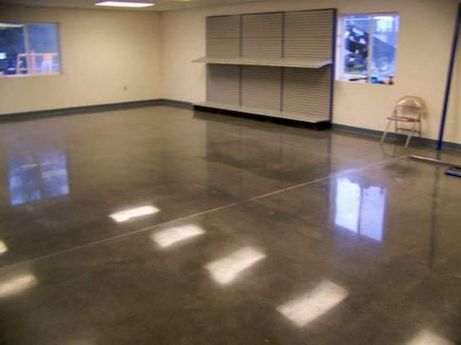 20 Best Garage Floor Ideas (17)