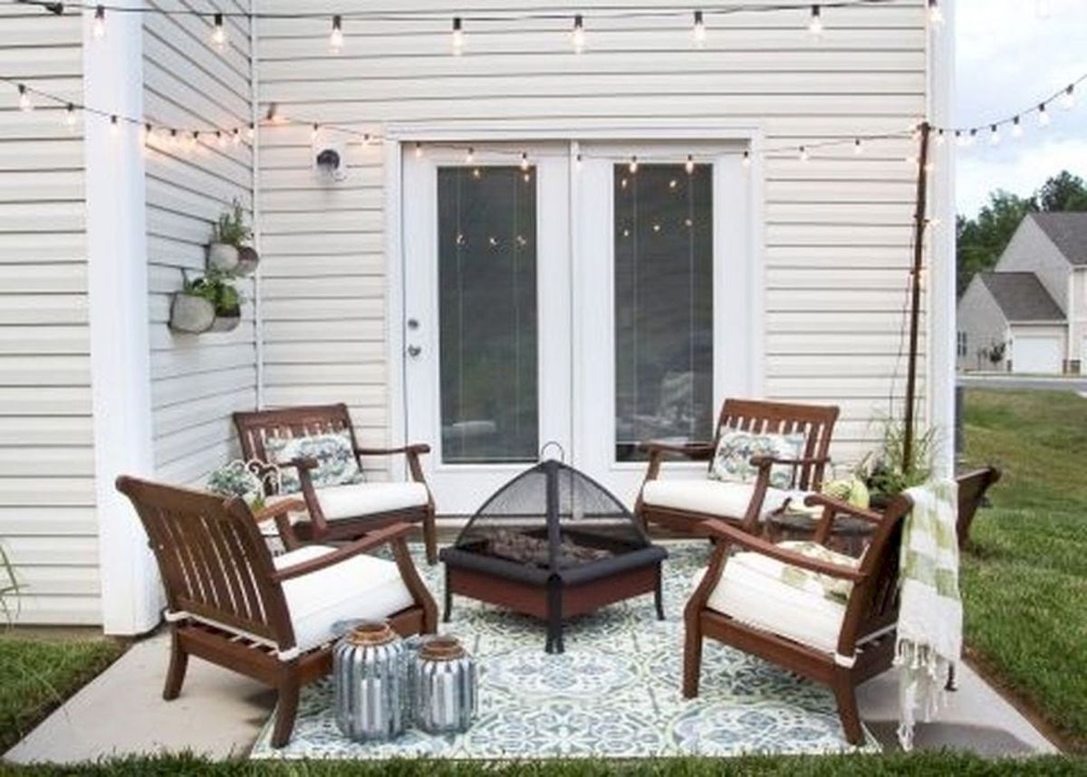 30 Best Small Backyard Patio Ideas (28)