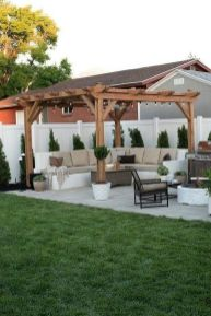 30 Best Small Backyard Patio Ideas (32)