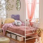 20 Suprising Aesthetic Bedroom Ideas and Decor (14)