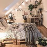 20 Suprising Aesthetic Bedroom Ideas and Decor (16)