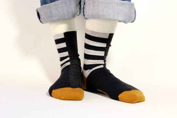goomo.shop_navy and grey stripes adult merino socks
