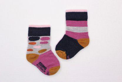 goomo.shop_Cerise Egg socks Australian Merino