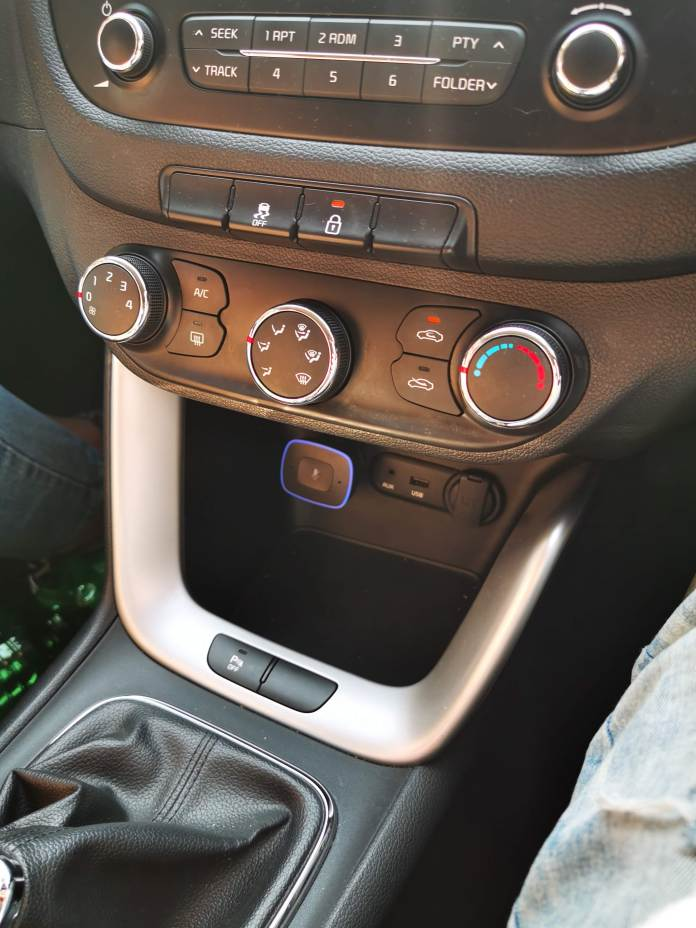 ROAV Viva Pro: The Echo Dot In Your Car | goosed ie