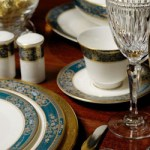 Impress your guests with holiday etiquette 101