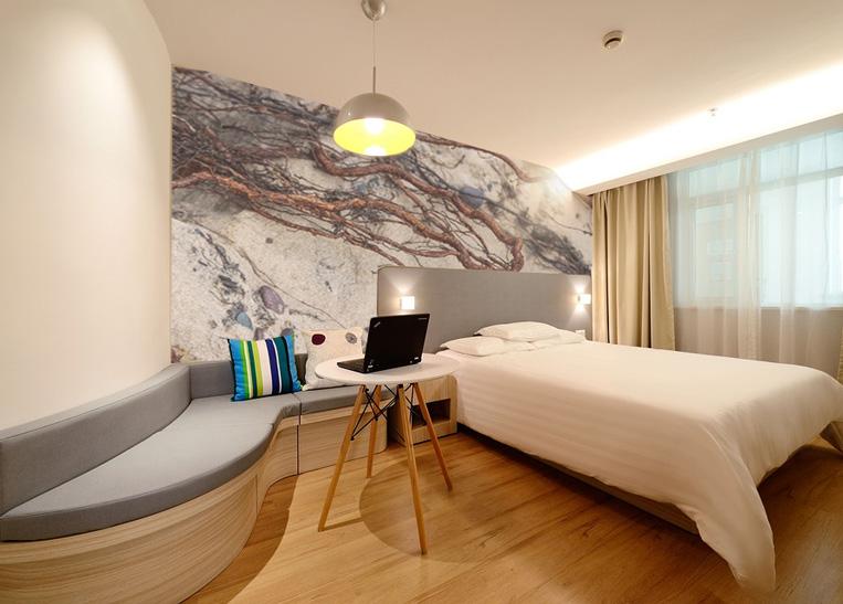 Hotel Murals_
