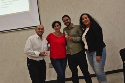 Aura Brito junto a patrocinante Delicias_monik y ganadores del concurso