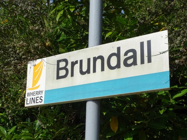 Brundall railway station
