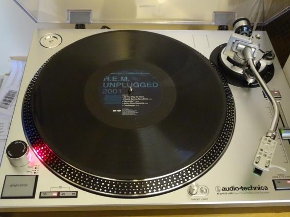R.E.M. MTV Unplugged 2001