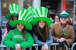 Spectators look festive while watching the St. Patrick's Day Parade, March 17, 2016, in New York. (Gordon Donovan/Yahoo News)