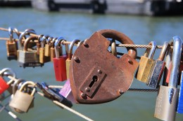 A view of love padlocks attached to the cable railings of Pier 1 in Brooklyn on August 23, 2016. (Gordon Donovan/Yahoo News)