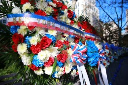 Wreaths honoring veterans are displayed around Madison Square Park in New York City on Nov. 11, 2016. (Gordon Donovan/Yahoo News)