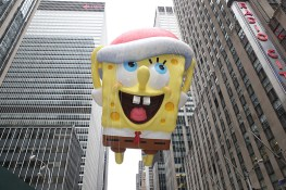 SpongeBob SquarePants enjoys a view of 6th Ave. in the 90th Macy's Thanksgiving Day Parade in New York, Thursday, Nov. 24, 2016. (Gordon Donovan/Yahoo News)
