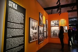 "Visitors to the Rolling Stones' ""Exhibitionism"" check out the rare photos from the style gallery. (Gordon Donovan/Yahoo News)"