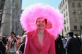 "Cynthia Gable of Connecticut is ""Pretty in Pink"" during the 2017 New York City Easter Parade on April 16, 2017. (Photo: Gordon Donovan/Yahoo News)"