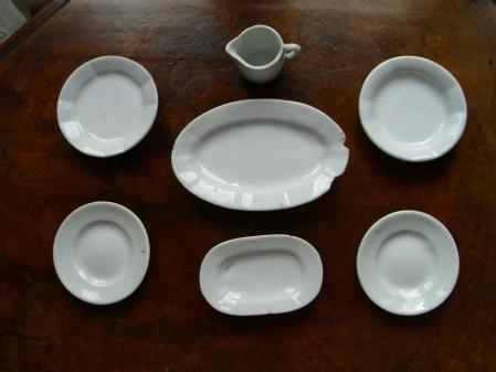 Model plates