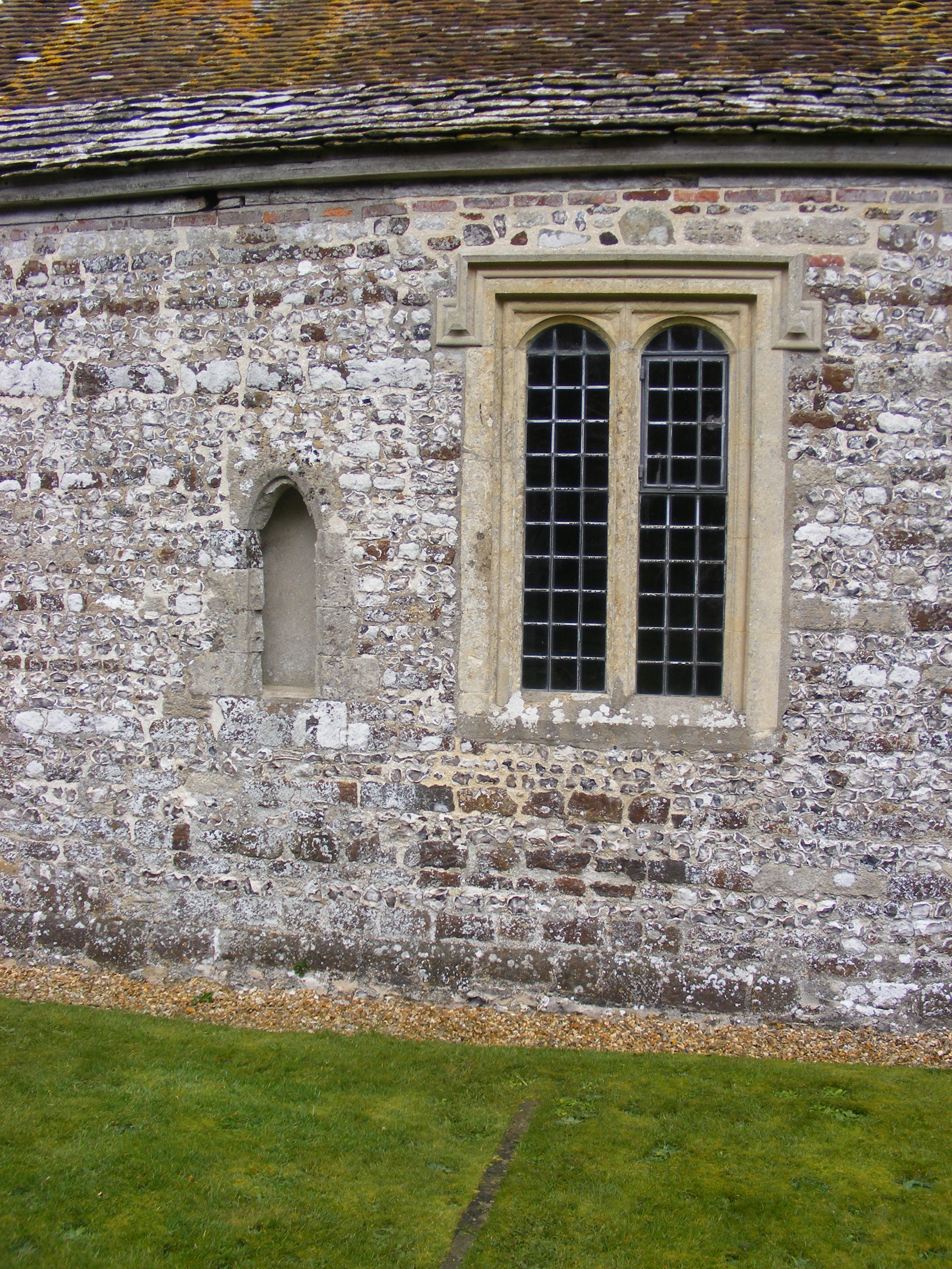 Winterborne Tomson, St Andrew, South wall