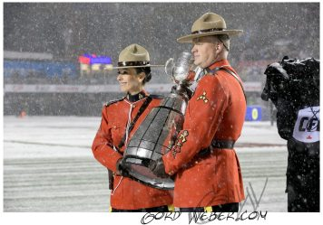 greycup1050393