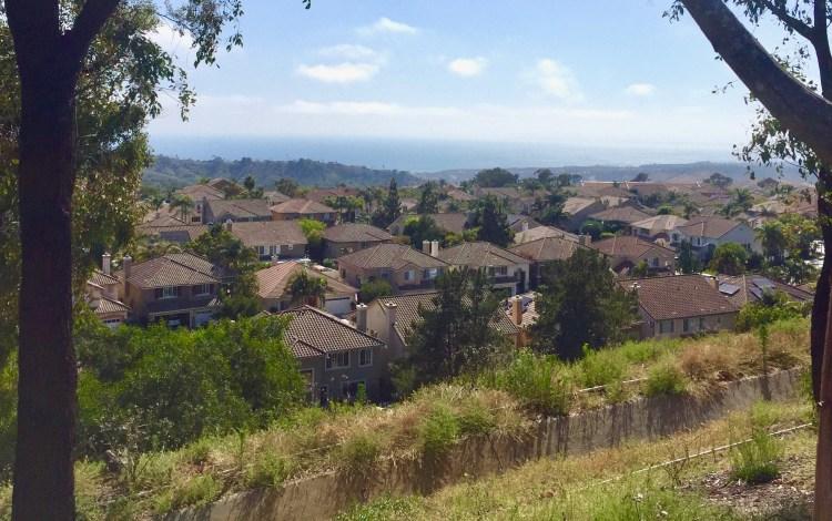 Ridgeline Trail in Orange County offers ocean view hiking.