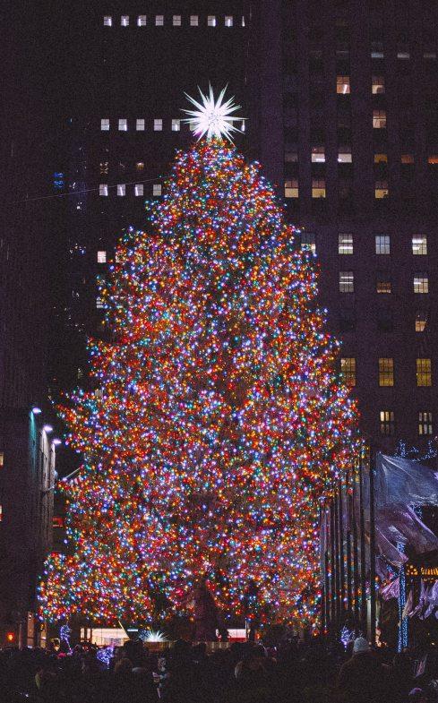 Large cities created ceremonies around lighting the Christmas Tree.