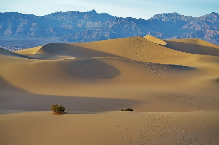 Mesquite Flats in Death Valley in Fall