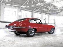 Jaguar-E-Type_1971_1280x960_wallpaper_04