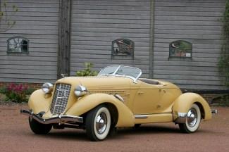 z007 1935_Auburn_Boattail_Speedster_01