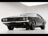 1971-Dodge-Challenger-RT-Muscle-Car-By-Modern-Muscle-Front-Angle-Low-1280x960