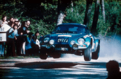 00 renault-alpine-a110-50-years-anniversary-concept-0