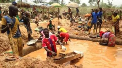 Photo of Kabare : Suspension de l'exploitation de l'or dans une mine artisanale à Luhihi