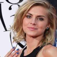 Comic Con 2017 Spotlight: Eliza Coupe