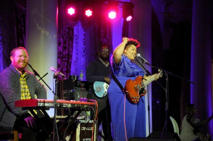 Селис Хендерсон со своим джаз-бэндом