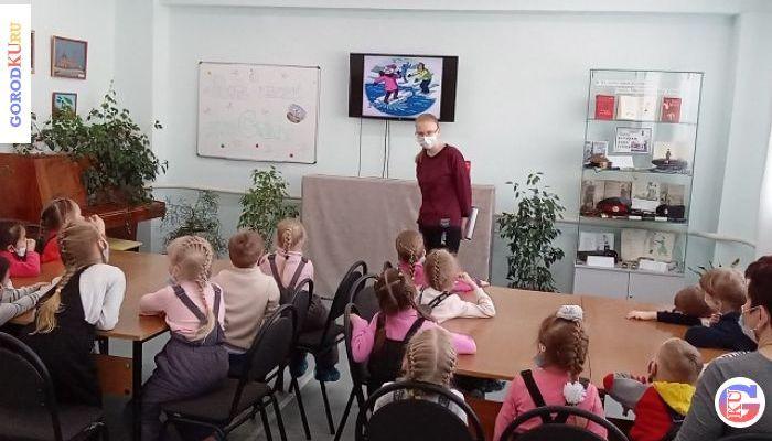 Воспитанники детских садов узнали «Пять историй дяди Стёпы»