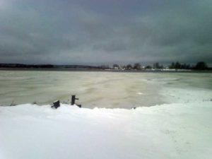 Первый лед на Селигере