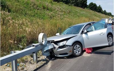 Successful Impact of Roadside Barrier But Driver Still Sustains Serious Injury