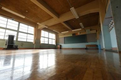 五稜中/北棟1F体育館側の教室