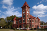 Historic Woodruff County Courthouse in downtown Augusta