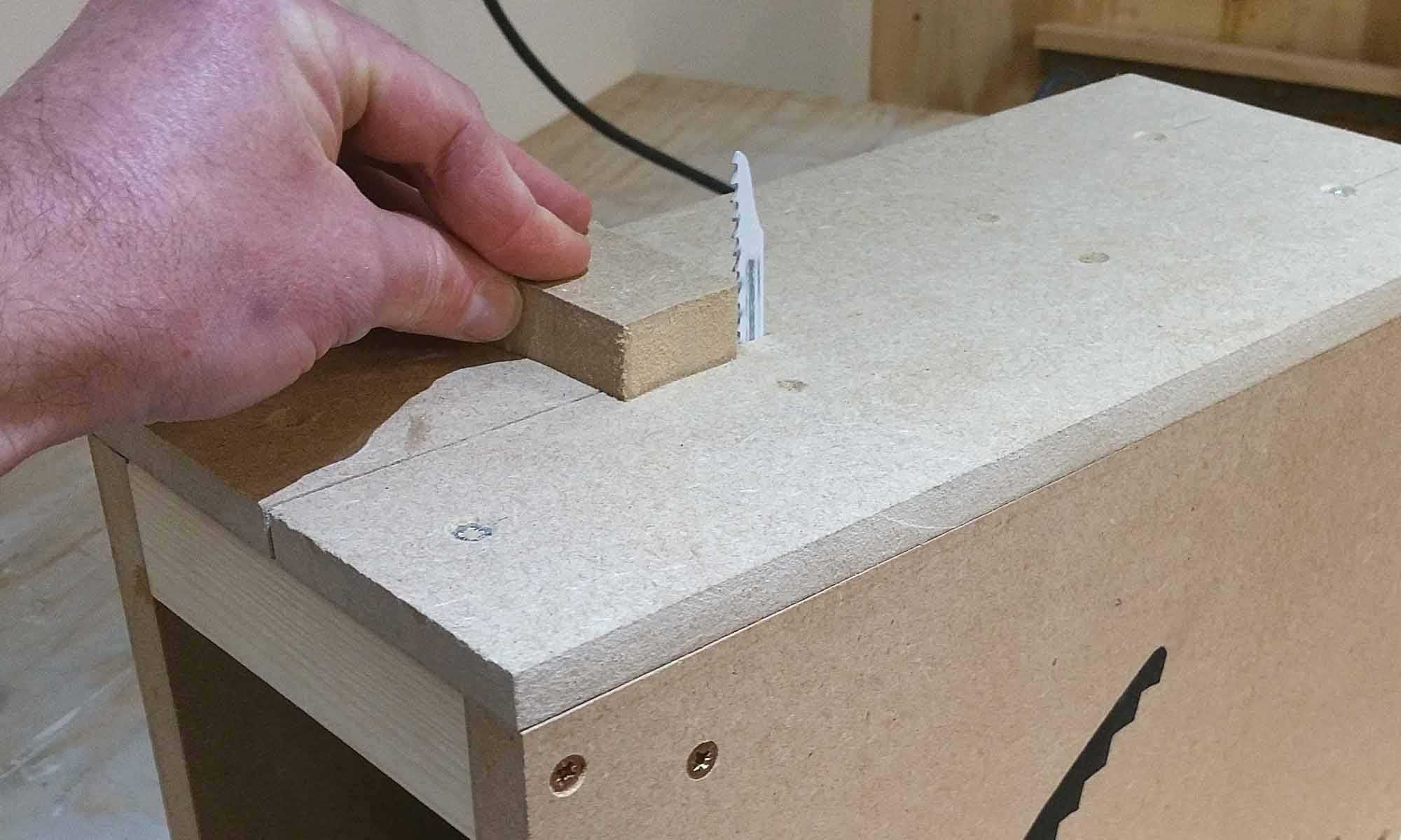 Jigsaw Table