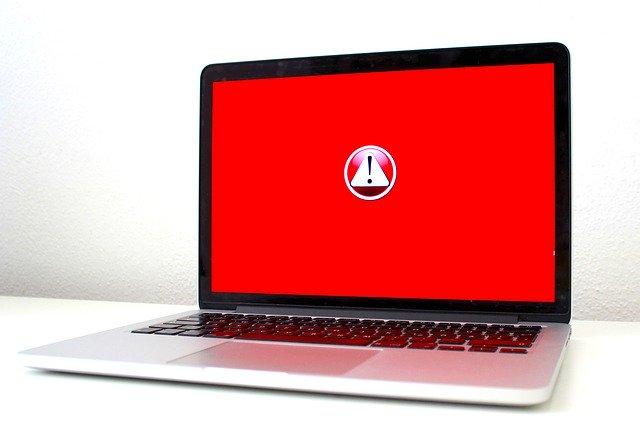 Computer Virus Hacker  - Jackson_893 / Pixabay