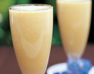 chamomile-peach-and-ginger-smoothie-4015_l