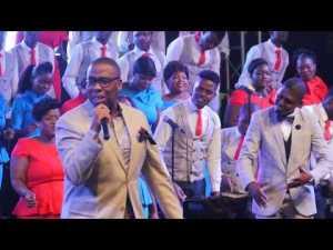 DOWNLOAD MP3: Jabu Hlongwane & Zimpraise – There is a race