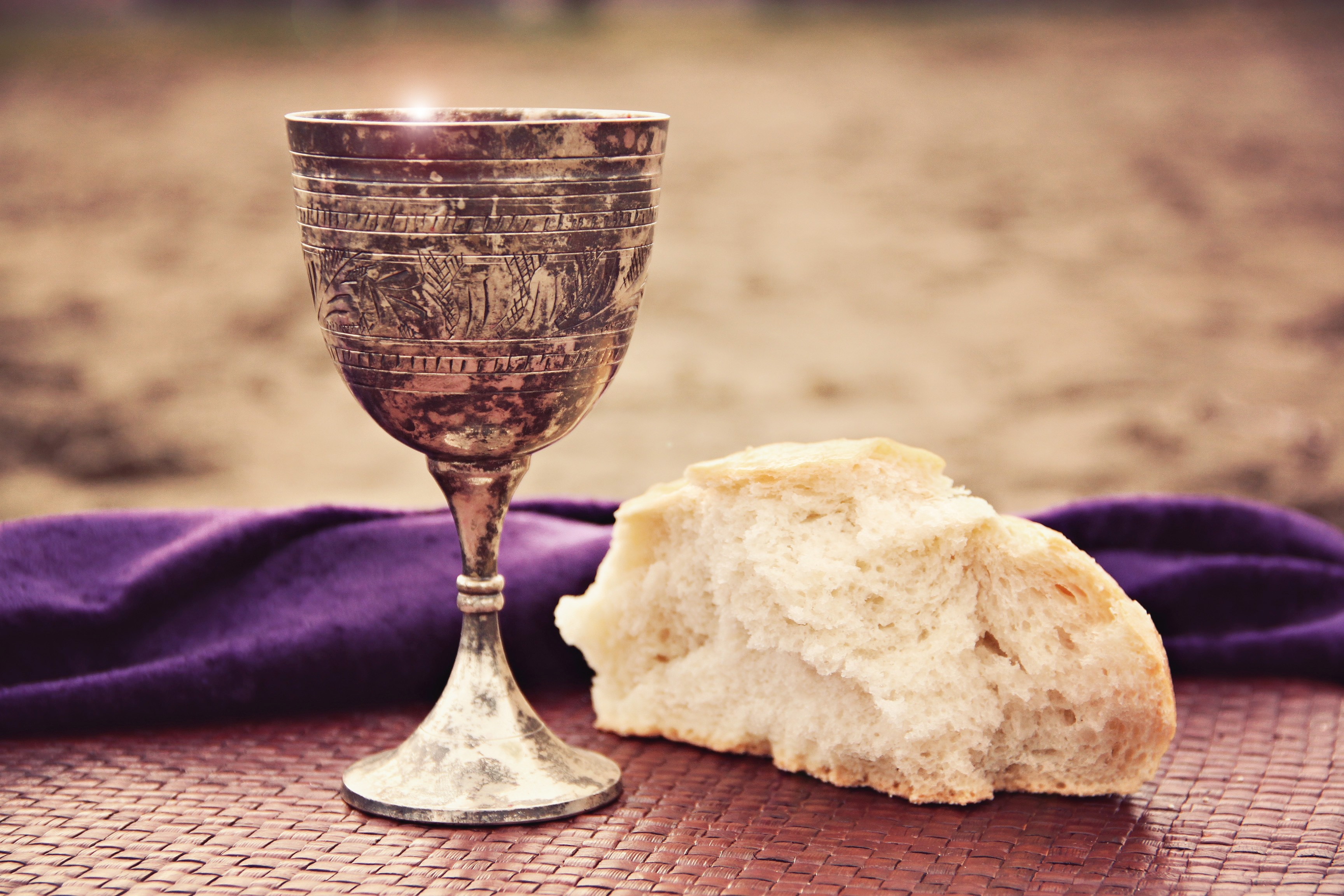 A Simple Celebration Of The Lord S Supper In Remembrance