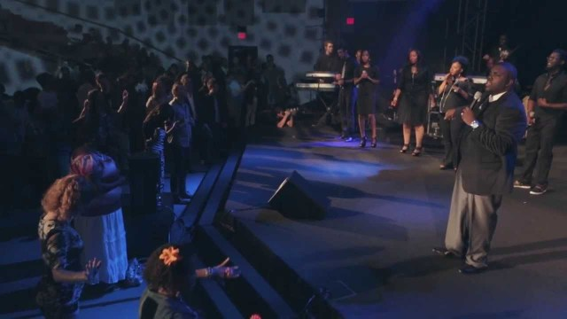 William McDowell - Withholding Nothing Medley