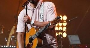 """Jonathan McReynolds Set for """"Make Room"""" Tour"""
