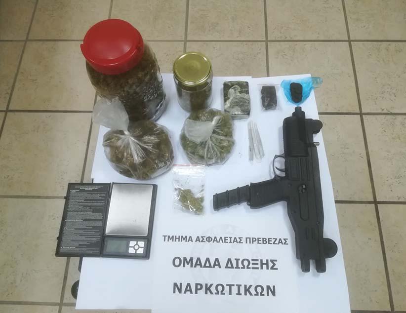 Άλλο ένα πλήγμα στα κανάλια διακίνησης ναρκωτικών πέτυχαν αστυνομικοί του Τμήματος Ασφαλείας Πρέβεζας