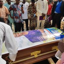 Nosa mother burial2