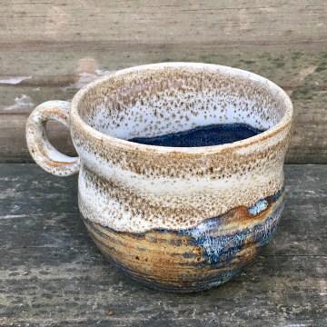 Rounded mug (Shaner white over light blue rutile) *n/a